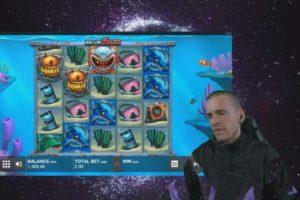 CrazyDomme Razor Shark Automat